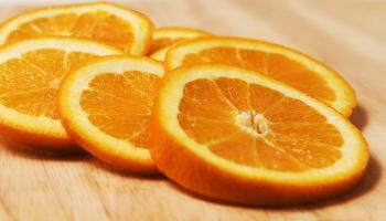 Citrus. Oranges, photo credit: Amanda Mills / CDC